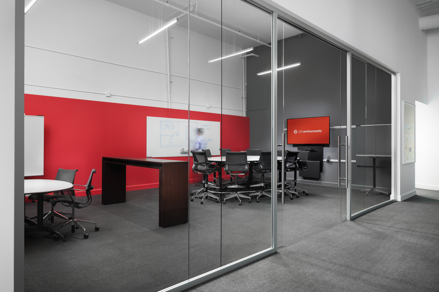 Office Environments Redesigned Into A Living Office